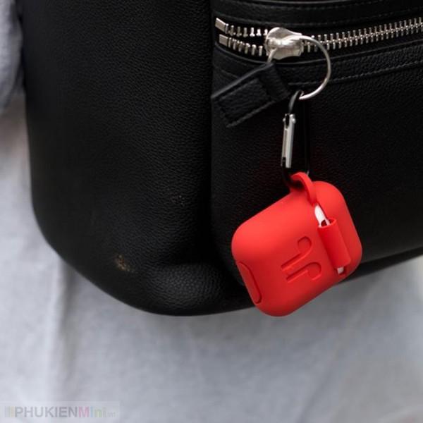 Bộ phụ kiện chống rớt Airpods gồm hộp silicon đựng có móc khoá và dây silicon nối tai nghe quàng cổ, chất liệu Silicone, loại Túi đựng tai nghe
